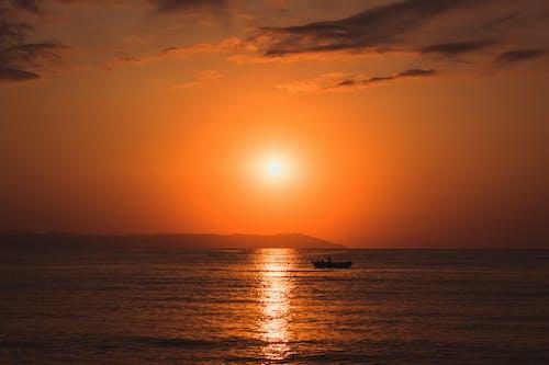 Foto stok gratis cahaya, Jeruk, kapal, matahari keemasan