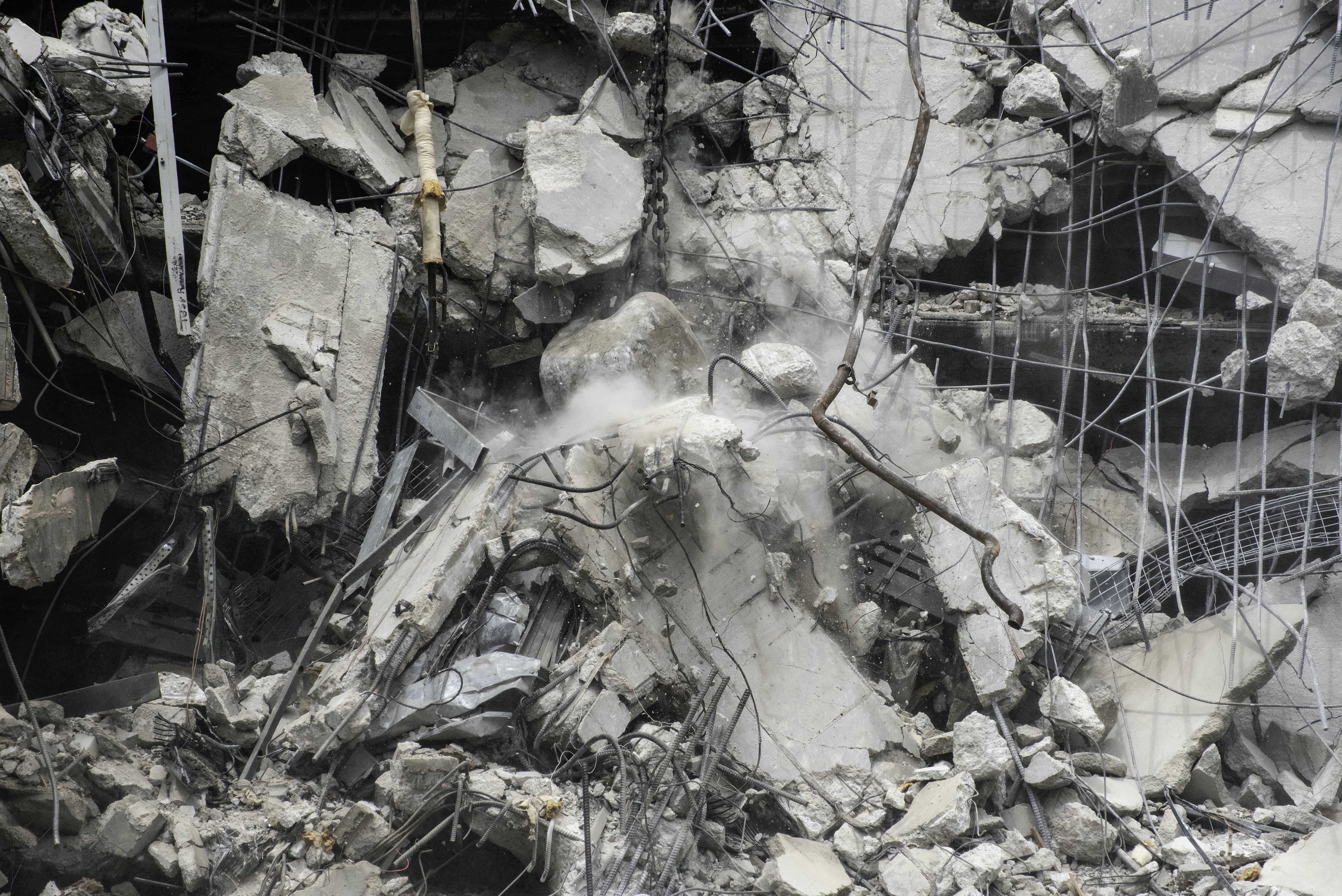 Free stock photo of building, contruction, debris, demolish
