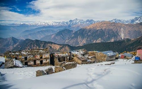 Kostnadsfri bild av äventyr, berg, bergstopp, betong