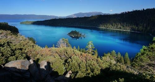 tahoe gölü, zümrüt gölü içeren Ücretsiz stok fotoğraf