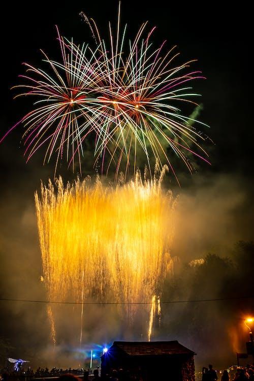 ăn mừng, bắn pháo hoa, giao thừa