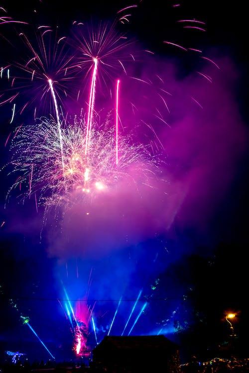 Darmowe zdjęcie z galerii z fajerwerki, festiwal, niebo, noc
