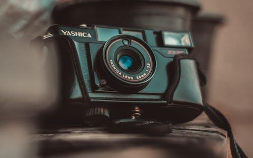 Безкоштовне стокове фото на тему «yashica, аналоговий, камера, класичний»
