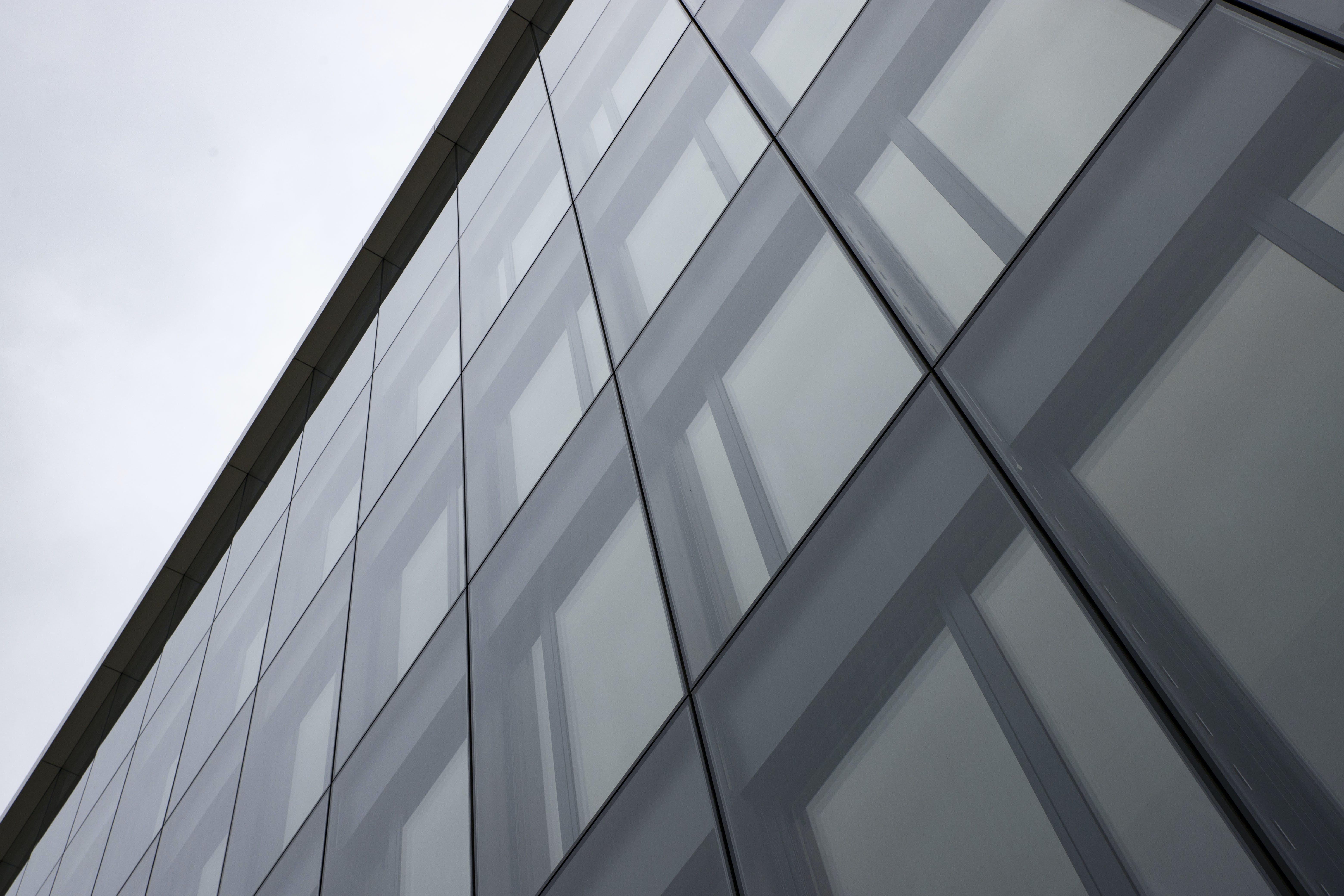 Kostenloses Stock Foto zu dunkel, glas, grau, fenster