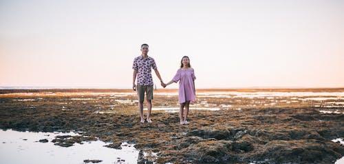 Imagine de stoc gratuită din apă, cer, coastă stâncoasă, cuplu