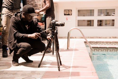 三腳架, 日光, 水, 游泳池 的 免费素材照片