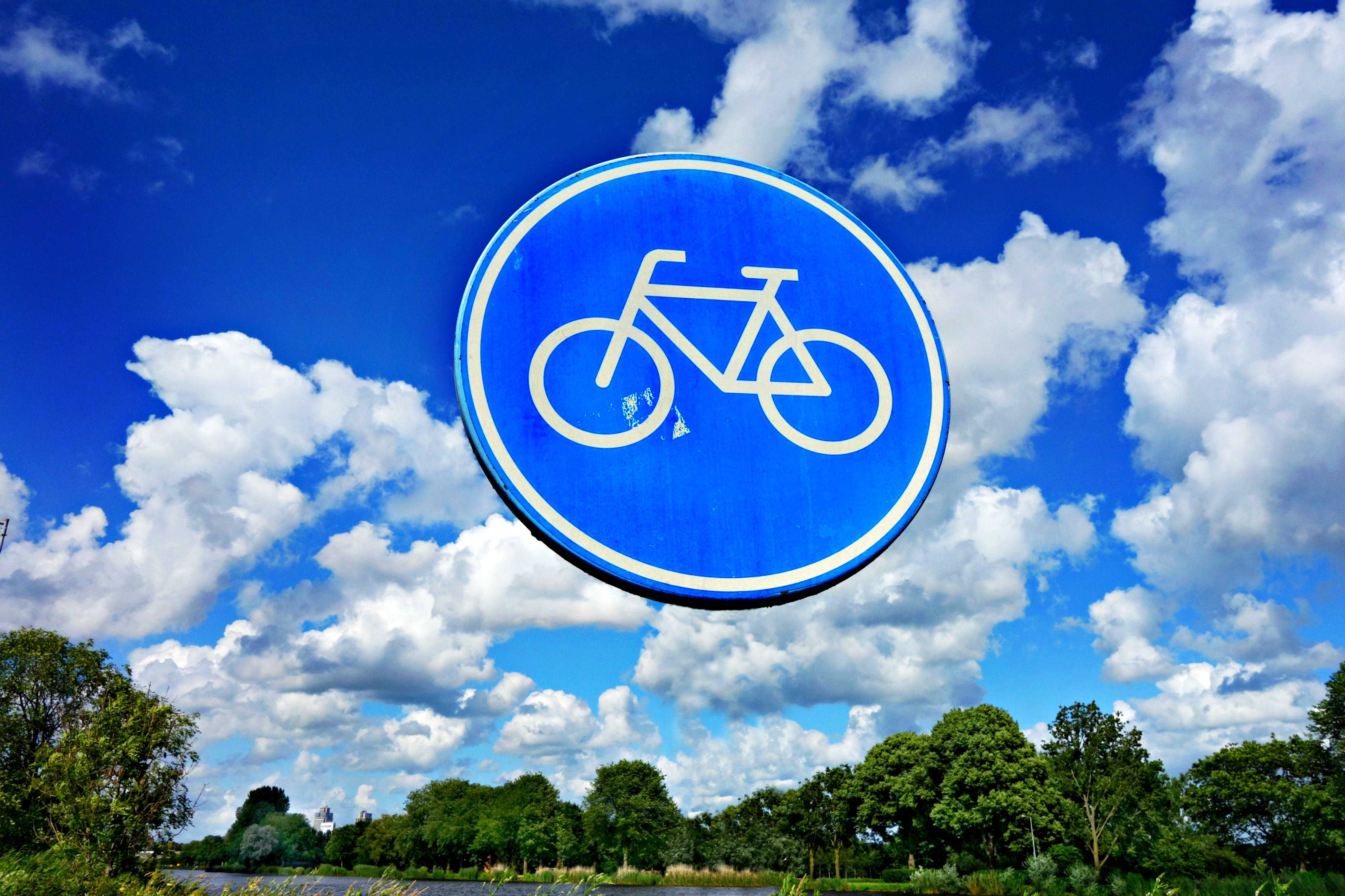 Free stock photo of bicycle, direction, round traffic sign, sign