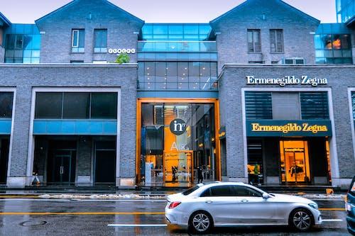 Foto profissional grátis de automóvel, centro comercial, chuva, ermenegildo