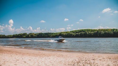 スピードボート, ビーチ, 岸, 日光の無料の写真素材