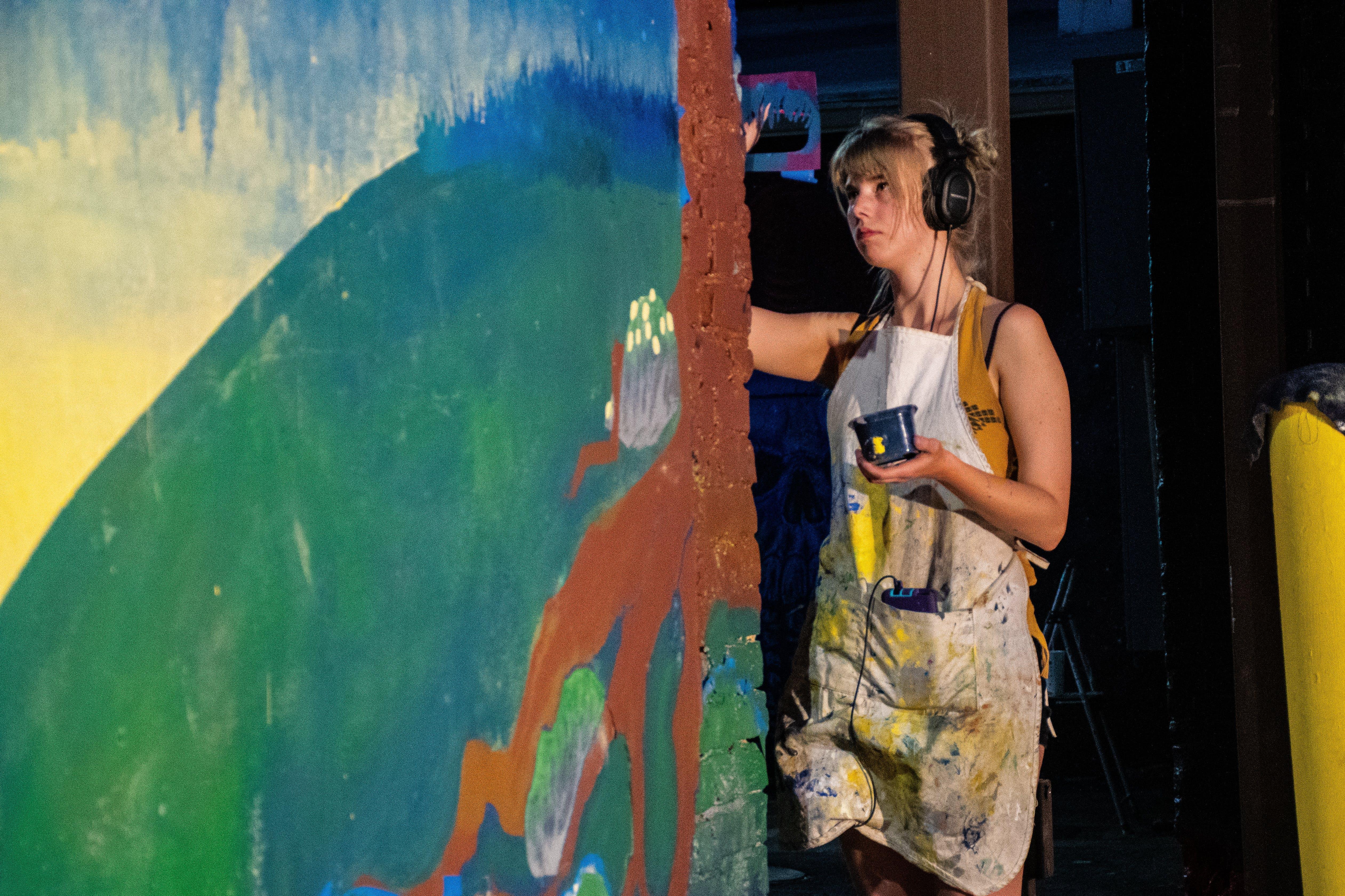 Základová fotografie zdarma na téma malování, osoba, umělec, zábava