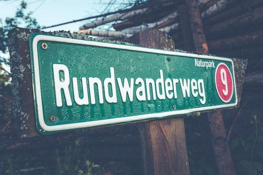Rundwander Weg 9 Road Signage