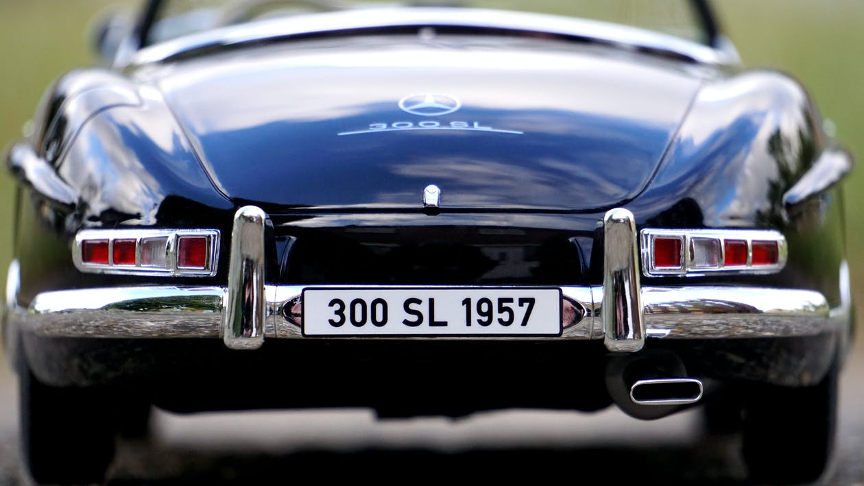 Blue Mercedes Benz With 300 Sl 1957 Car License Plate