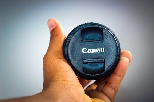 Foto profissional grátis de câmera, cânone