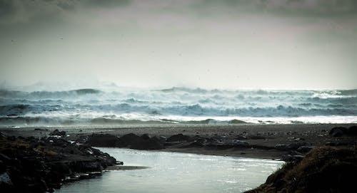 dalgalar, deniz, deniz manzarası, gökyüzü içeren Ücretsiz stok fotoğraf