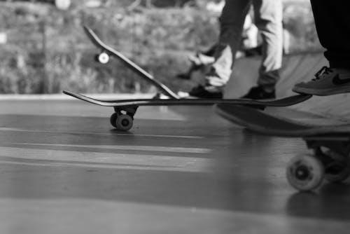 Základová fotografie zdarma na téma bruslení na ledě, skateboard, skateboardy
