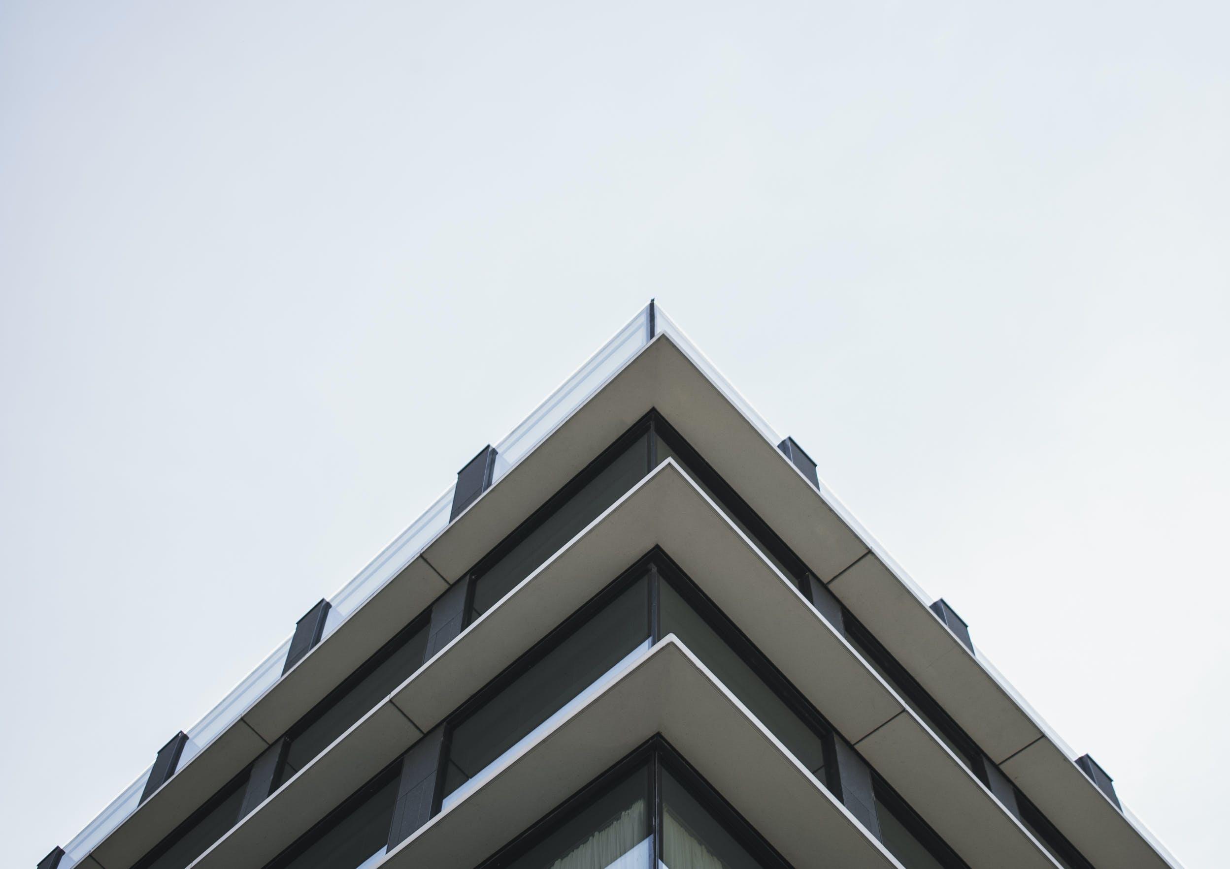 Kostenloses Stock Foto zu architektur, architekturdesign, aufnahme von unten, bürogebäude
