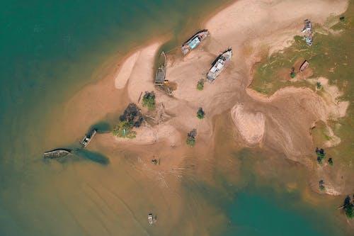 Δωρεάν στοκ φωτογραφιών με ακτή, άμμος, βάρκες, ημέρα
