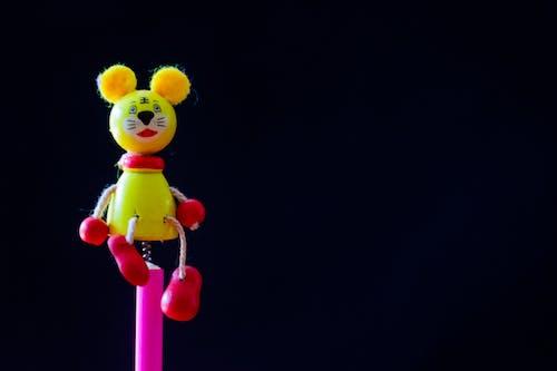 Foto stok gratis background hitam, cute, kecil, mainan