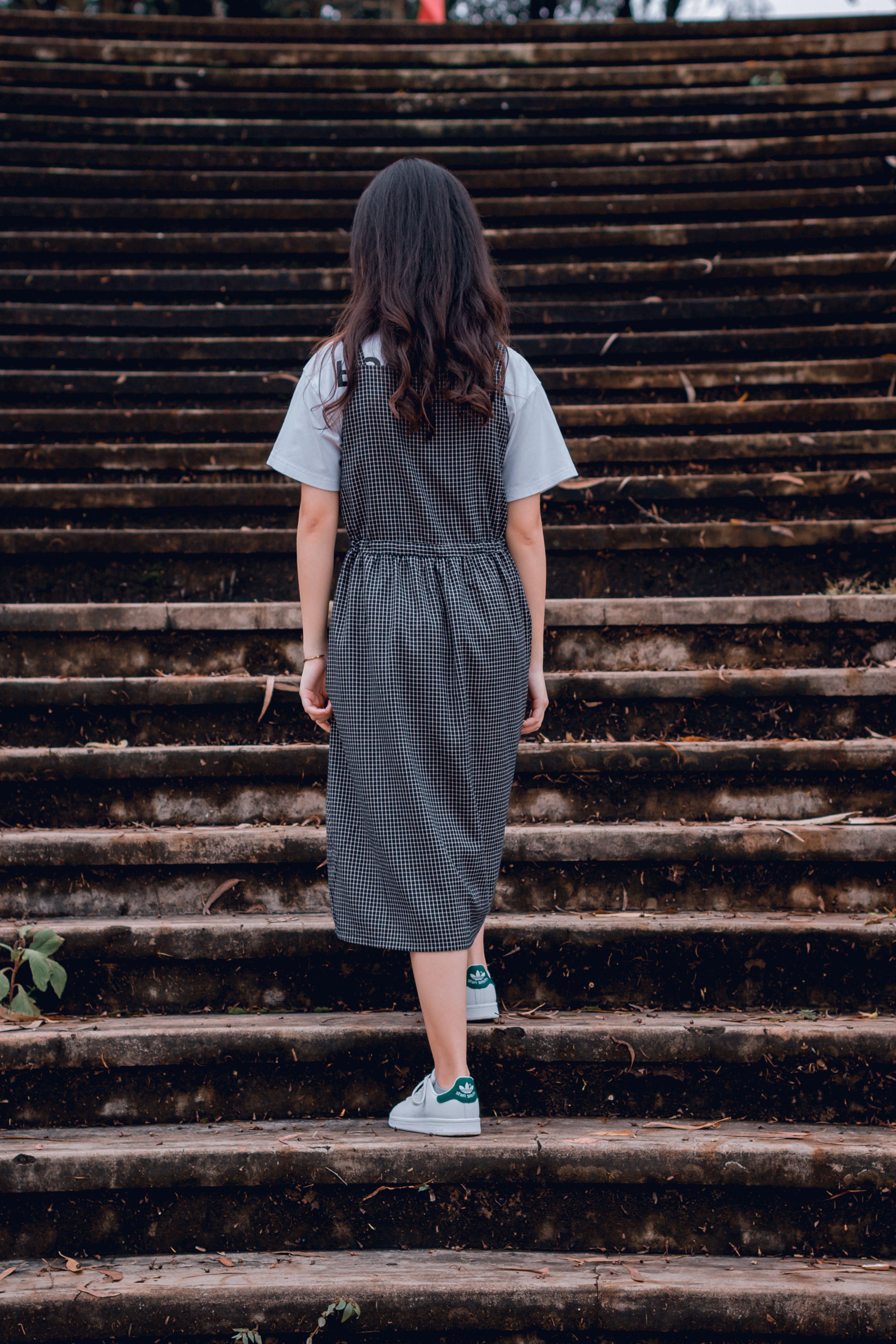 Ingyenes stockfotó ázsiai lány, beton, divat, fiatal témában