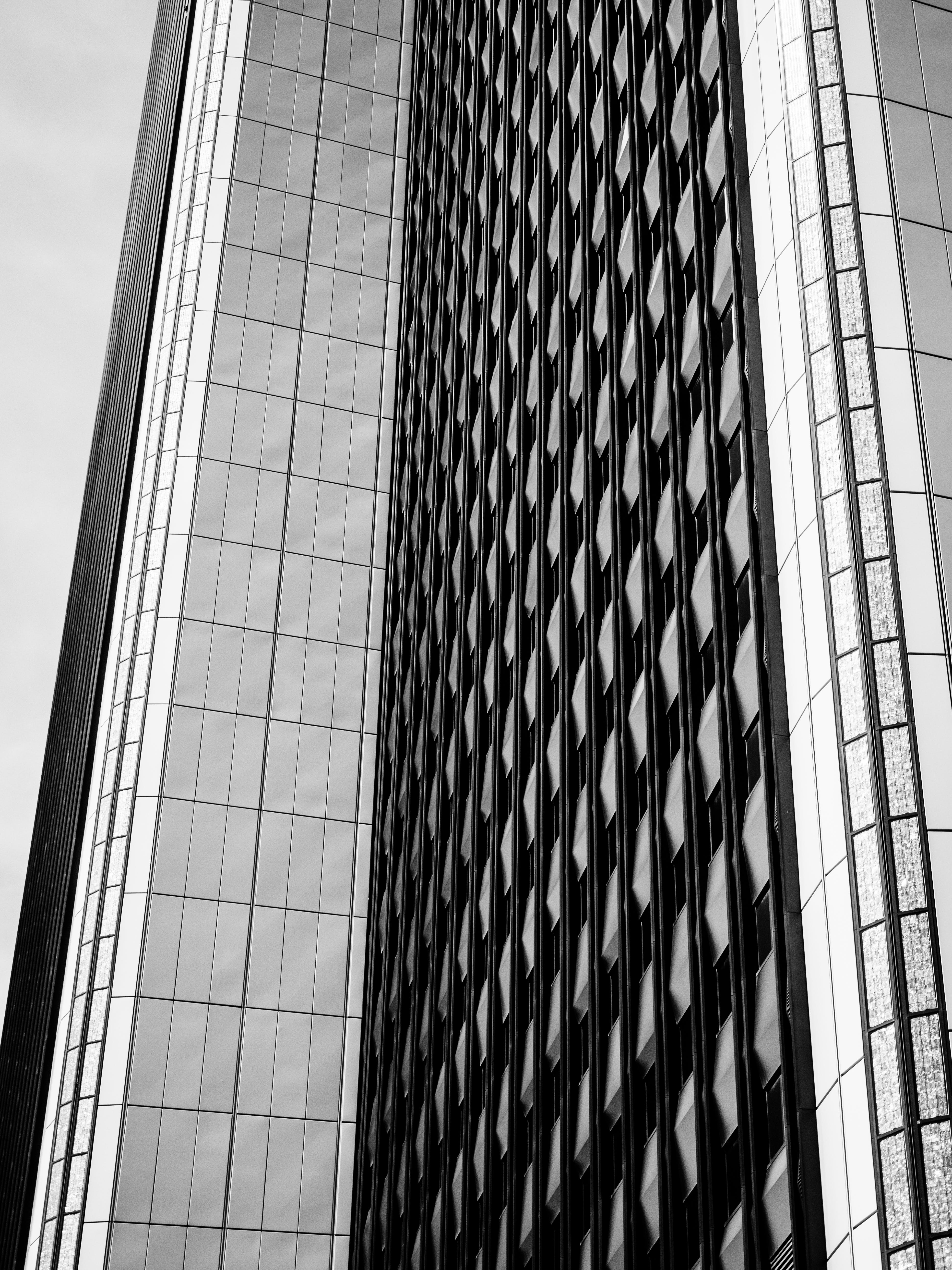 Free stock photo of black and white, black and-white, building, bw