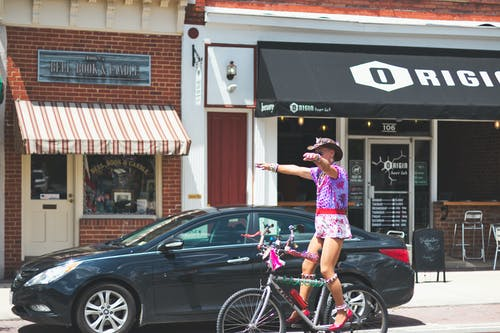 Gratis lagerfoto af cykling, lille by