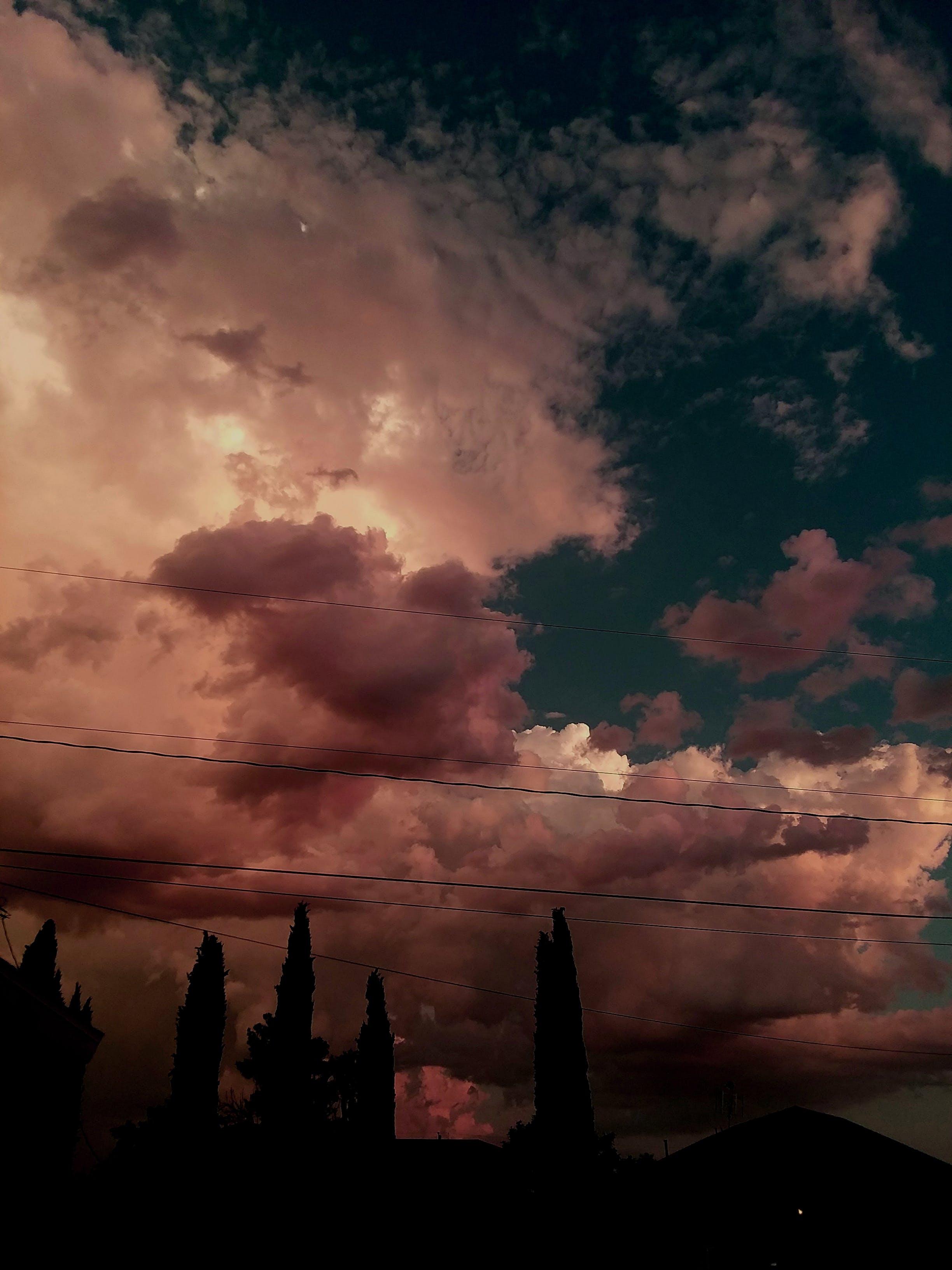 bouře, déšť, dramatický