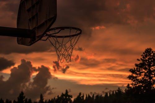Безкоштовне стокове фото на тему «апельсин, баскетбол, Баскетбольне кільце, вечір»