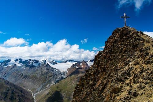 Foto d'estoc gratuïta de alps, altura, cel, creu al cim