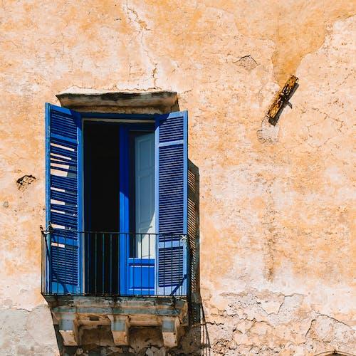 Photos gratuites de bleu, été, mer adriatique, mur de briques