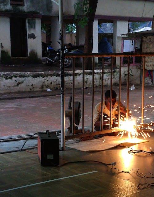 Základová fotografie zdarma na téma indický muž svařování