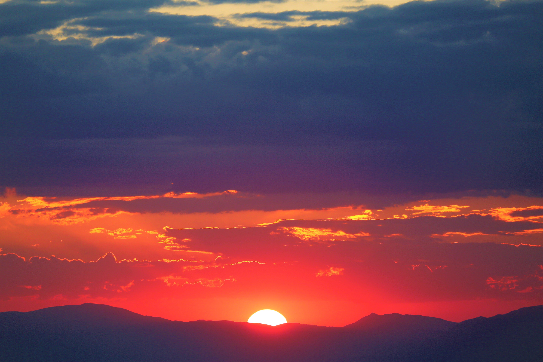 arkadan aydınlatılmış, bulutlar, doğa, dramatik içeren Ücretsiz stok fotoğraf