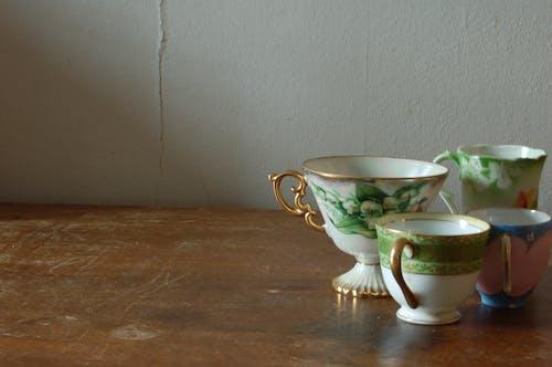 Fotobanka sbezplatnými fotkami na tému šálky čaju, starožitný