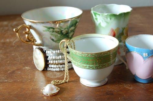 Fotobanka sbezplatnými fotkami na tému objekty, predmety, šálky čaju, starožitnosti