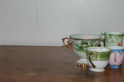 Fotobanka sbezplatnými fotkami na tému šálky čaju