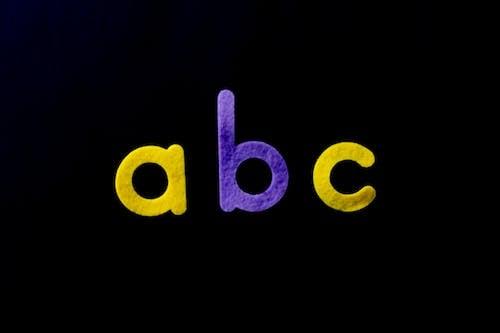Photos gratuites de alphabet, apprendre, arrière-plan noir, art