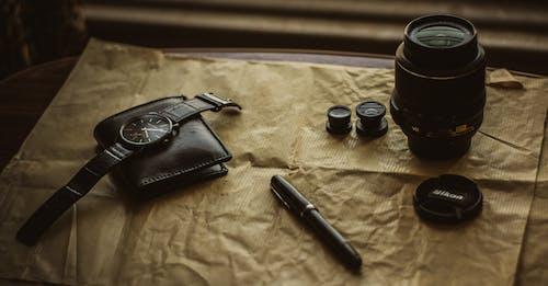 Безкоштовне стокове фото на тему «Nikon, блиск, гаманець, жовтий»
