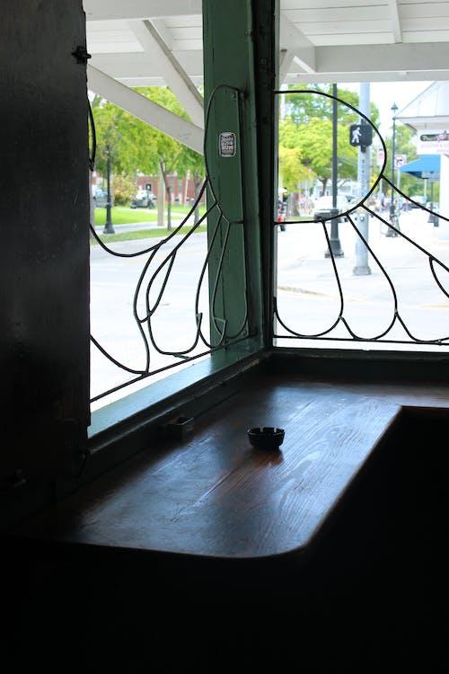 Ingyenes stockfotó árnyék, bár, délután, hamutartó témában