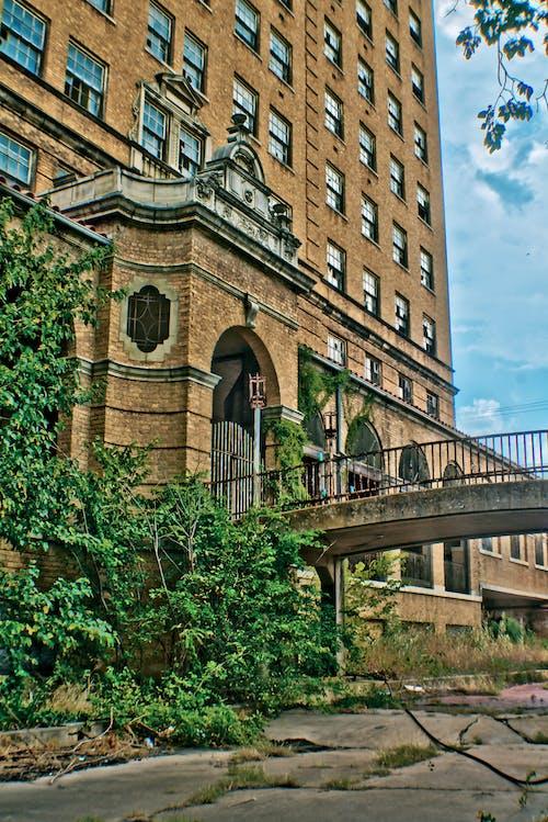 Free stock photo of abandoned, abandoned building, baker hotel