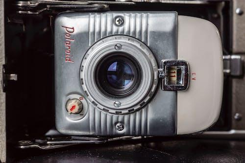 bağbozumu, eski kamera, eskiye dönüş, kamera içeren Ücretsiz stok fotoğraf