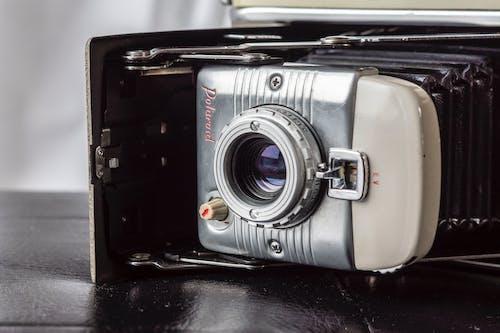 Δωρεάν στοκ φωτογραφιών με polaroid, vintage, vintage φωτογραφική μηχανή, αντίκα