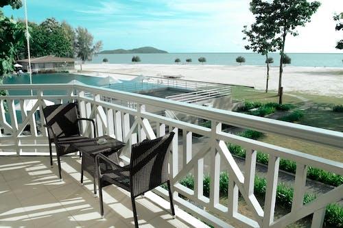 Základová fotografie zdarma na téma balkon, dřevo, hotel, křesla