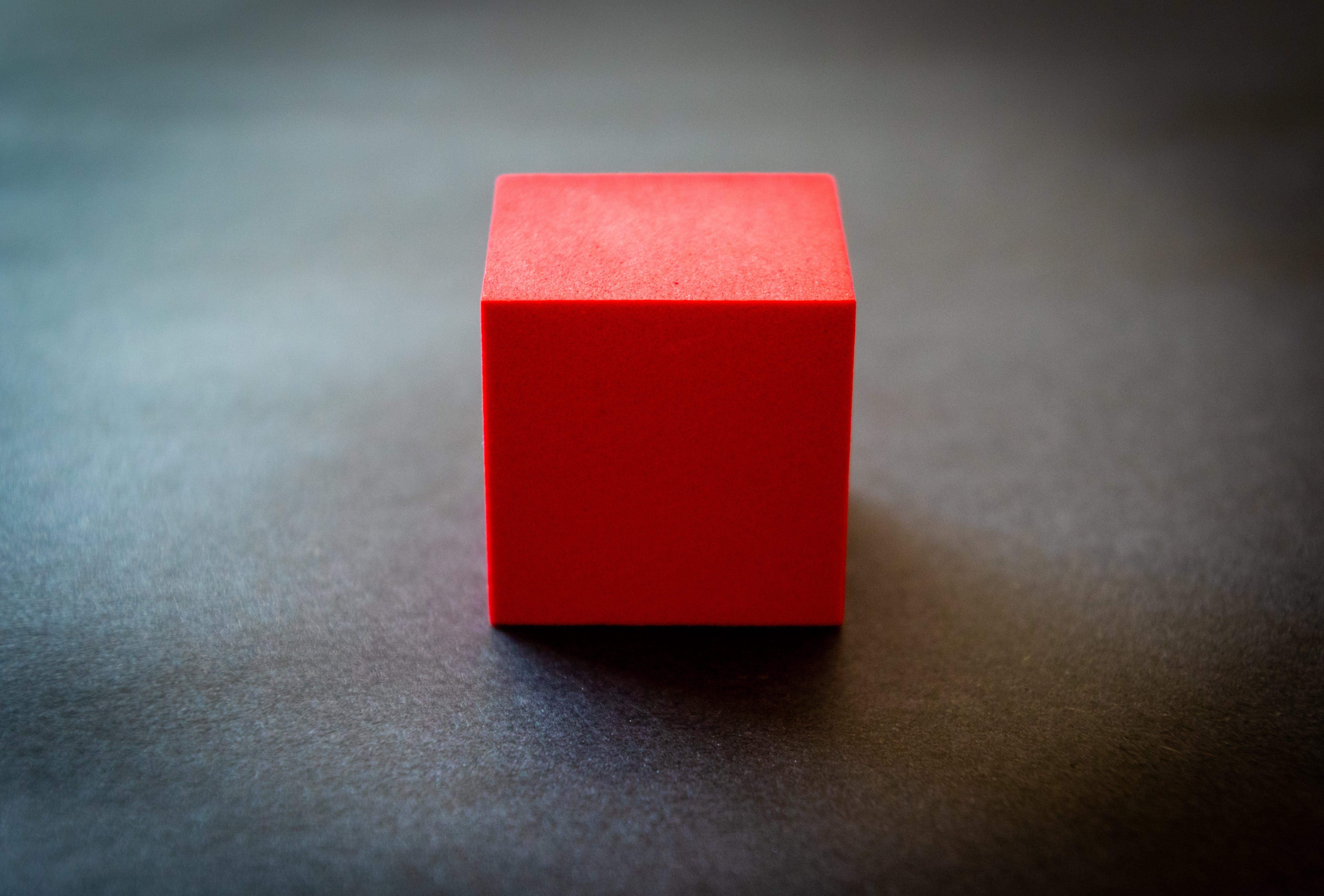 Gratis lagerfoto af blok, form, kube, rød