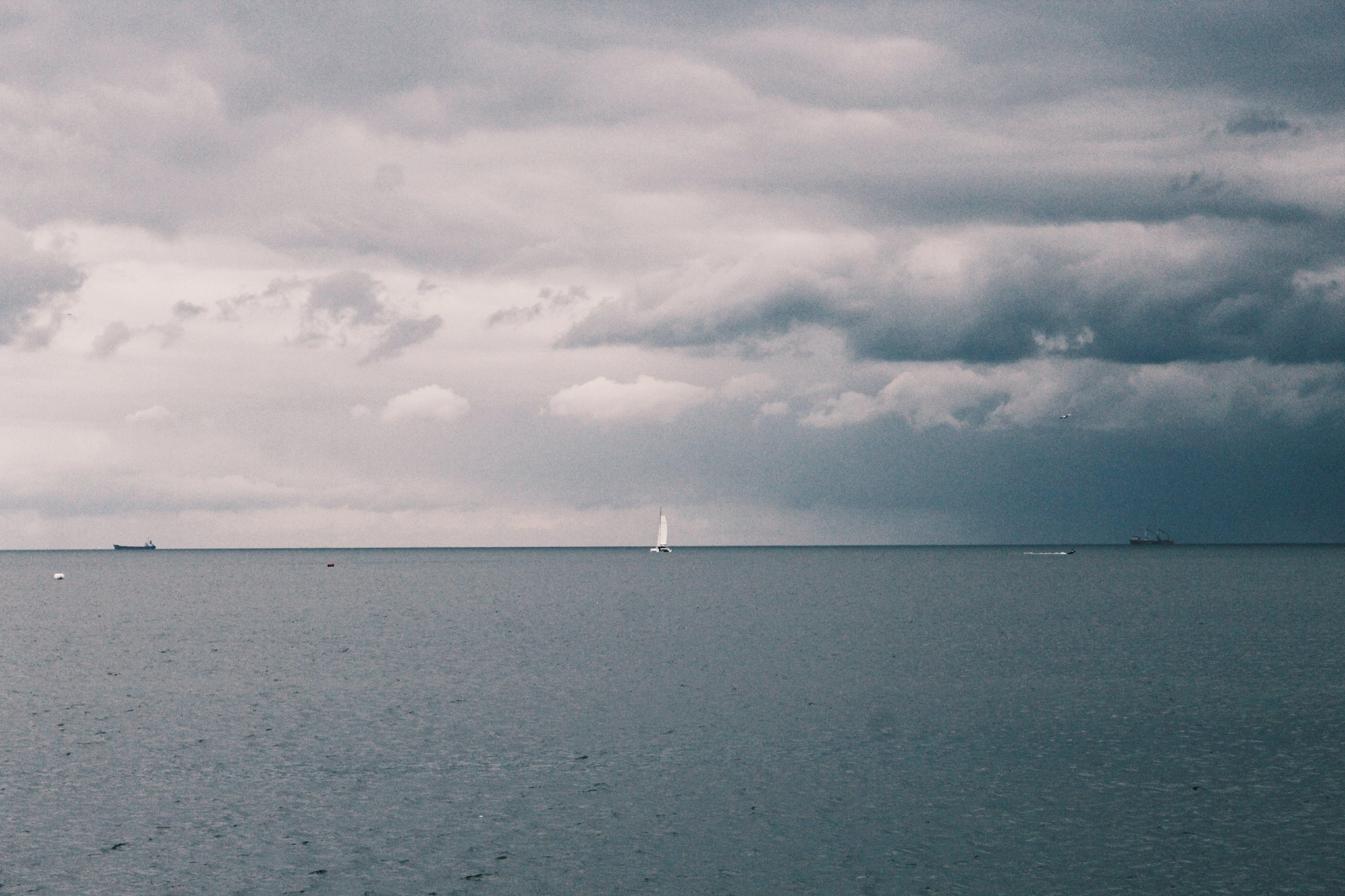 Kostenloses Stock Foto zu meer, dämmerung, landschaft, himmel