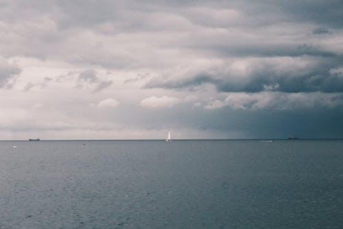 Gratis arkivbilde med daggry, dagslys, hav, havkyst
