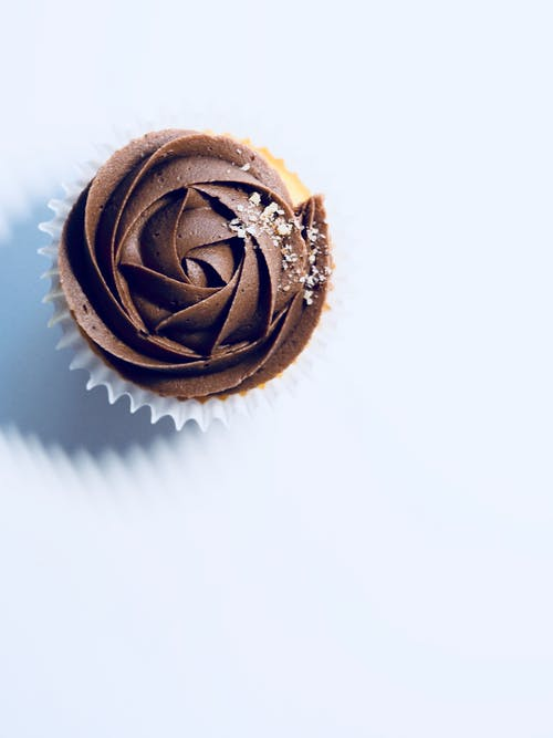 Kostenloses Stock Foto zu cupcake, dessert, essen, farben