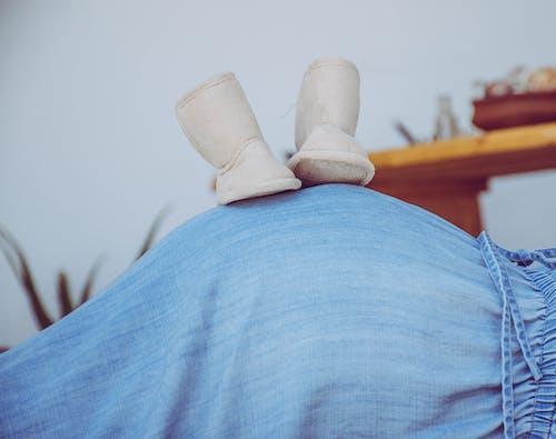 Foto d'estoc gratuïta de bebè, embarassada