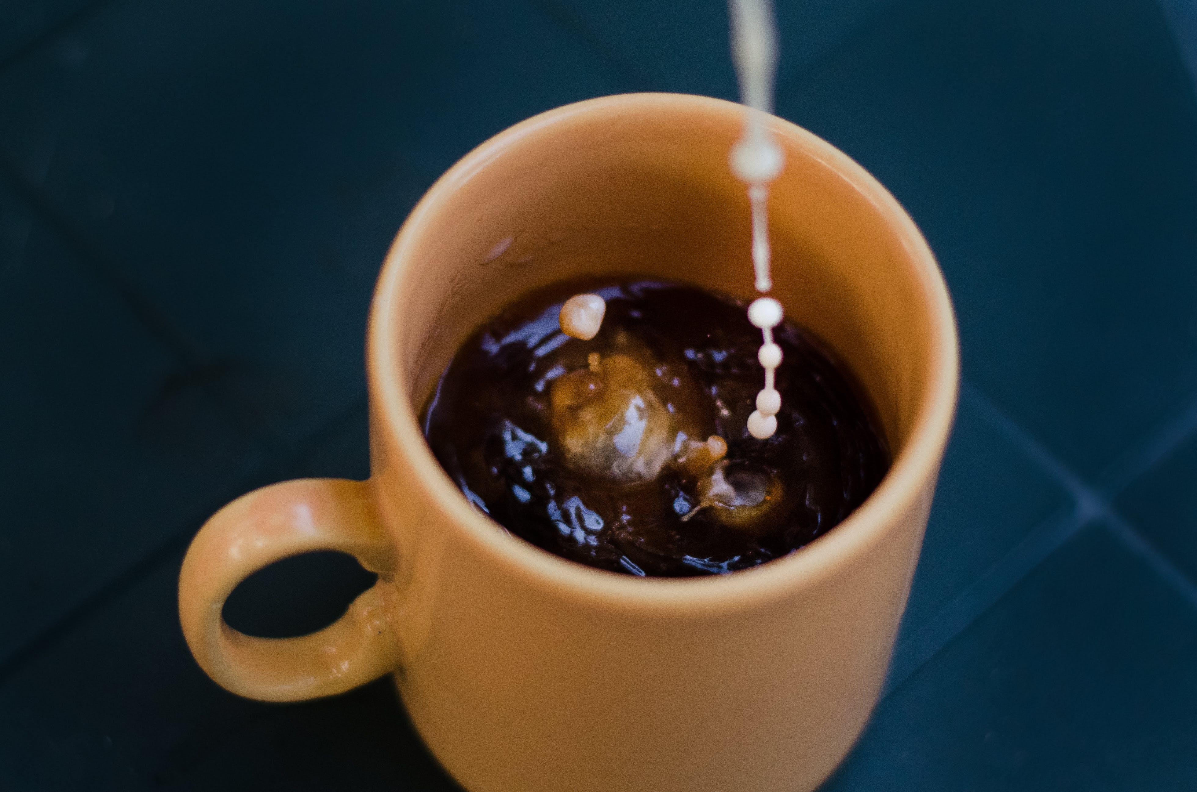 Black Liquid Filled Brown Ceramic Mug