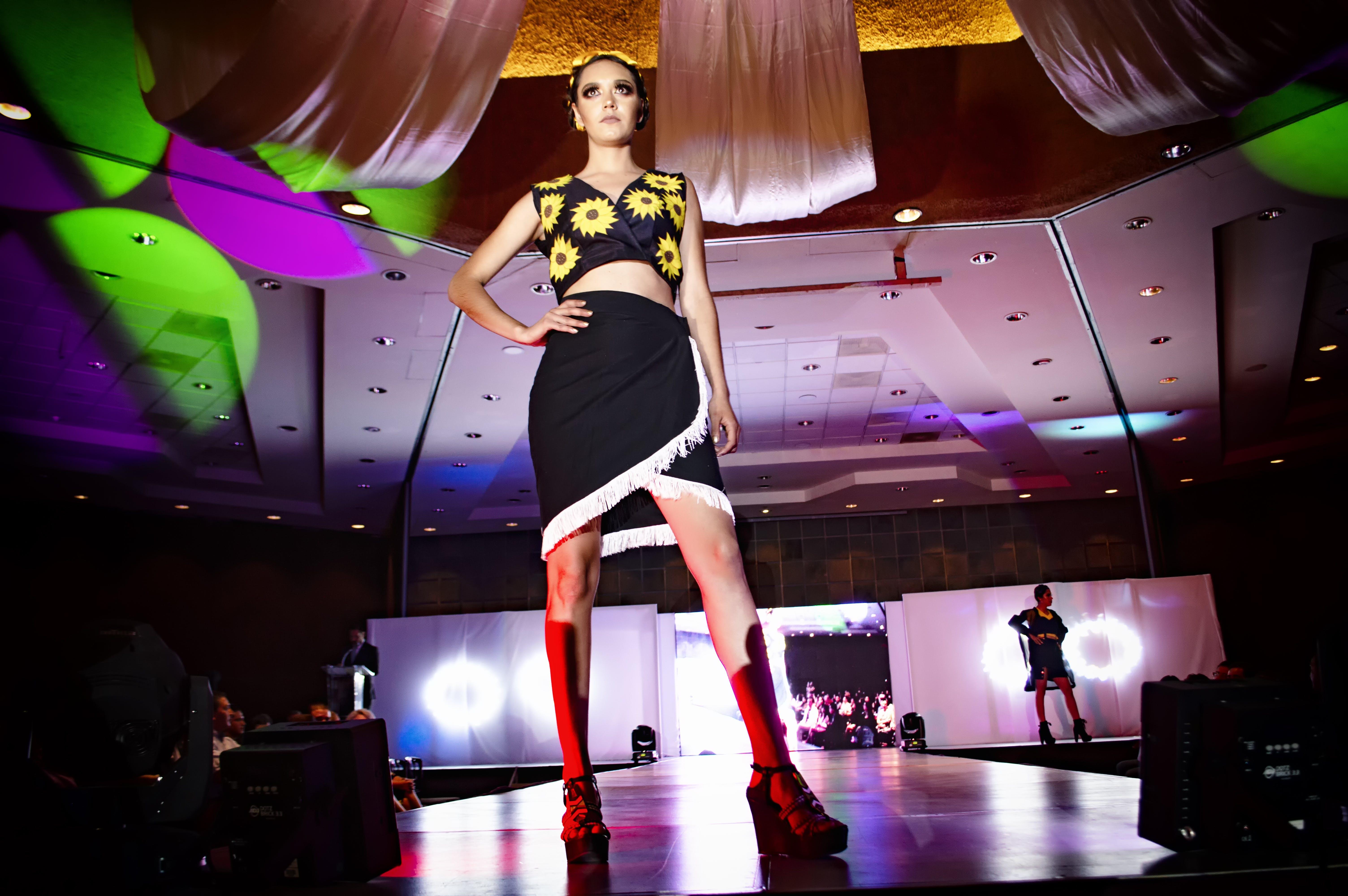 Ingyenes stockfotó divat, divatmodell, emberek, fények témában