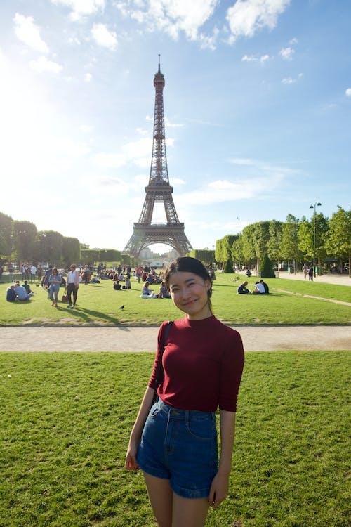 單, 女人, 巴黎, 旅行 的 免费素材照片