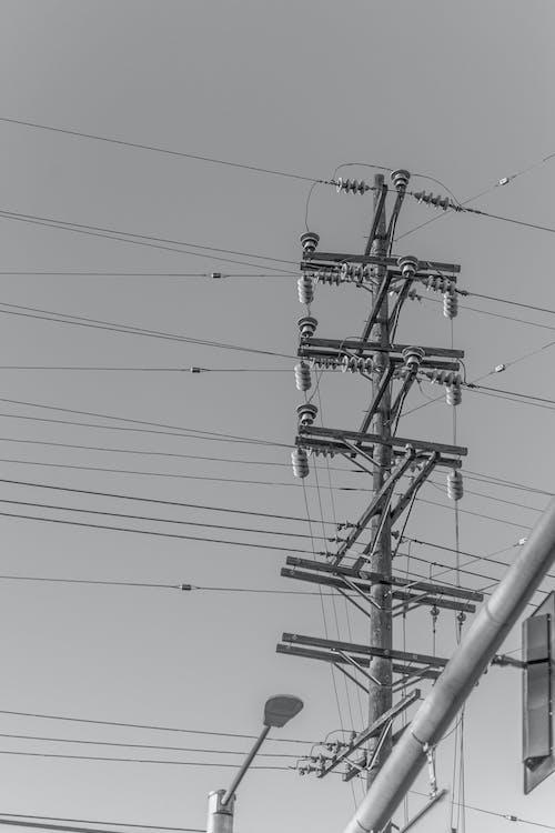 คลังภาพถ่ายฟรี ของ ขาวดำ, เสา, เสาไฟฟ้า